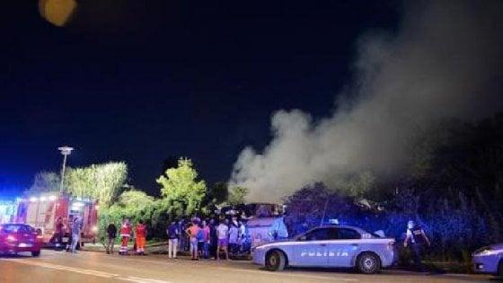 Torino, incendio in via Germagnano: alcuni intossicati
