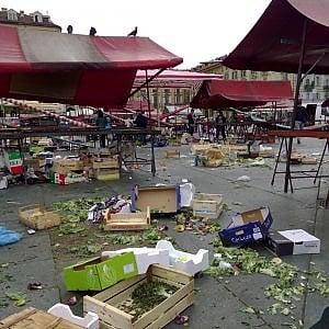 Torino, lo sconto agli ambulanti sulla tassa rifiuti a carico degli ipermercati