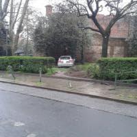 Torino, con l'auto contro il mastio della Cittadella