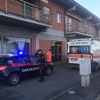 Pinerolo, uomo di 64 anni uccide la moglie a coltellate poi si consegna ai carabinieri
