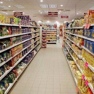 """Torino, l'Ordine dei medici: """"Attenti a risparmiare con il cibo dei discount"""""""