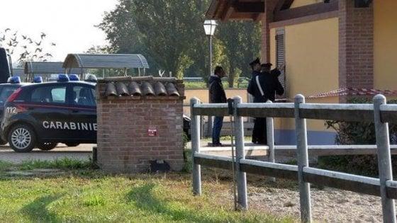 Orrore al maneggio dei cavalli: istruttore seviziato e torturato