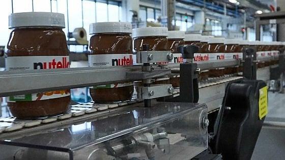 """Ferrero, per un giorno si lavora da casa: la fabbrica della Nutella lancia lo """"smart working"""""""
