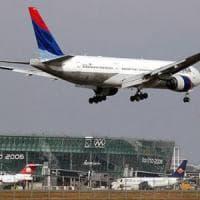 Torino, arriva la tassa sul rombo degli aerei in decollo