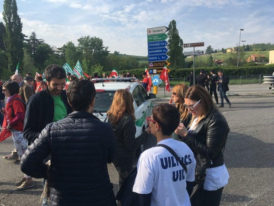 Le immagini della protesta all'outlet di Serravalle Scrivia