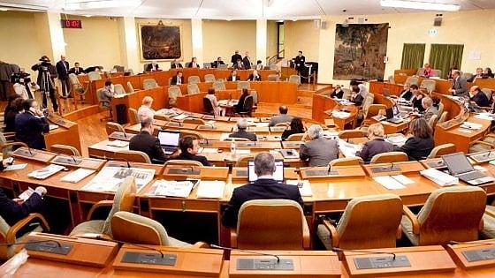 Consiglio regionale, vitalizi fino a 7mila euro al mese: ecco chi li incassa e chi ha rinunciato