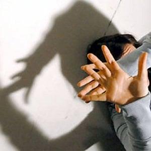 Pinerolo, schiaffi e pugni alla moglie, arrestato marocchino