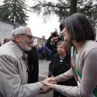 Torino, tributo ai partigiani nel Campo della Gloria: il primo 25 Aprile della sindaca Appendino