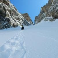 Cuneo, alpinista precipita nel burrone e muore sotto gli occhi del compagno