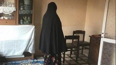 """Sposa bambina egiziana, il tribunale:  """"Via alla mamma la potestà genitoriale"""""""