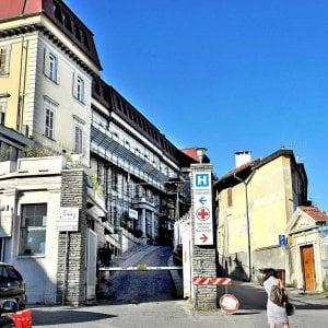 Torino, muore dopo il parto assieme alla sua bimba: l'autopsia chiarirà eventuali colpe