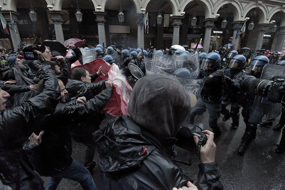La guerriglia nel centro di Torino