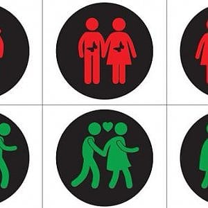 A Torino arriva il semaforo gay friendly, al posto delle luci ci sono coppie Lgbt