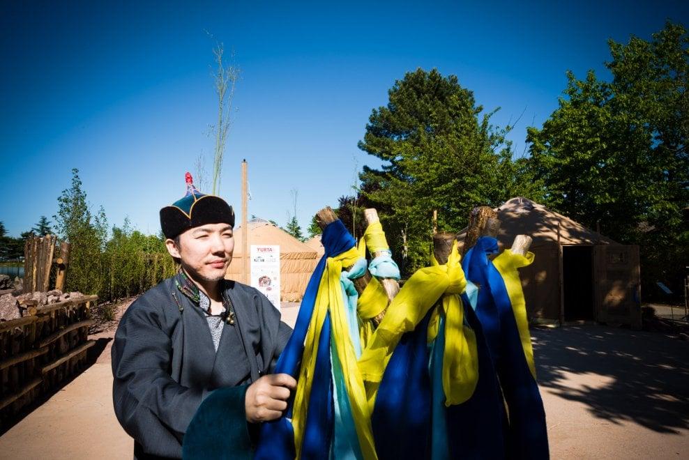 Zoom, il bioparco apre la stagione con la Mongolia: cammelli, yak e visita alla yurta