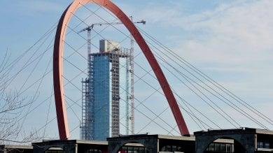 Accordo firmato tra Regione e Cmb:     14 mesi per finire il grattacielo