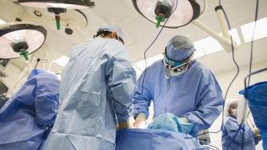 Miracolo a Torino: trafitto da una freccia  al collo, salvato da intervento record