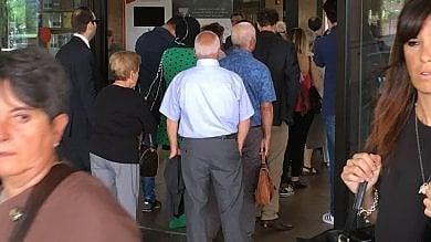 Supercontrolli per entrare al Palagiustizia: mattinata di caos tra lunghe code e attese