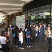 Torino, a piedi nudi nel Palagiustizia: nulla sfugge ai supercontrolli