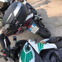 Torino: fugge all'alt dei vigili, preso dopo inseguimento con incidente