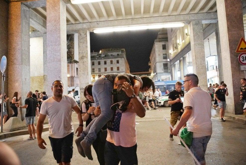 Torino, le immagini dei soccorsi ai feriti durante la finale di Champions
