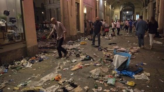 Torino in coda per recuperare gli oggetti perduti nella for Quattro ristoranti torino