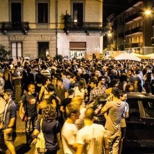 """Torino, il """"proibizionismo"""" della sindaca Appendino: ore 20, stop alla vendita dell'alcol nelle vie della movida"""