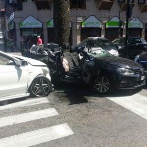 Torino, bimbo di due anni coinvolto in un incidente: altri quattro i feriti
