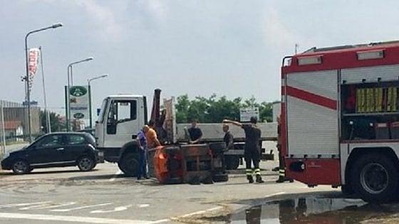 Saluzzo, operaio di 19 anni muore schiacciato da muletto: terza vittima sul lavoro nel Cuneese in 24 ore