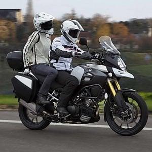 Motociclista dimentica la moglie, se ne accorge a Chieri dopo 40 km