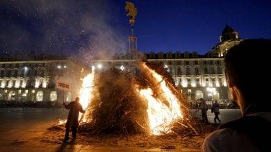 Torino, il farò di San Giovanni cade dalla parte giusta, buoni auspici per il futuro        Foto