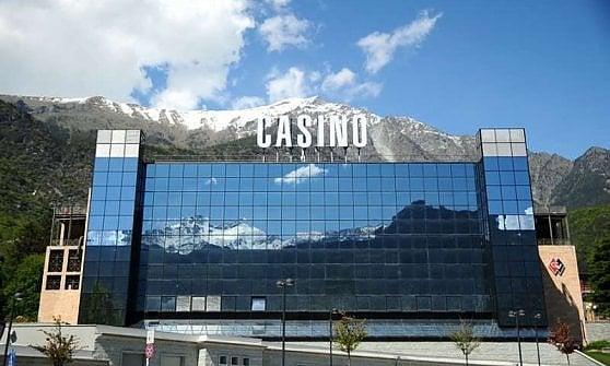 Casino saint vincent indagati