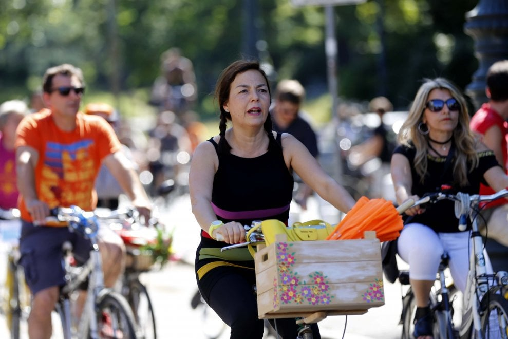 L'orgoglio dei ciclisti sfila per le vie di Torino