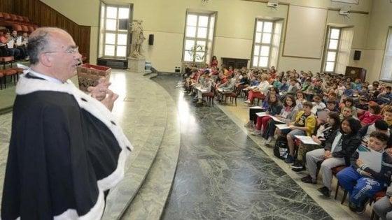 Torino, bufera sulle elezioni per il cda dell'università: tra i candidati spunta la moglie del preside
