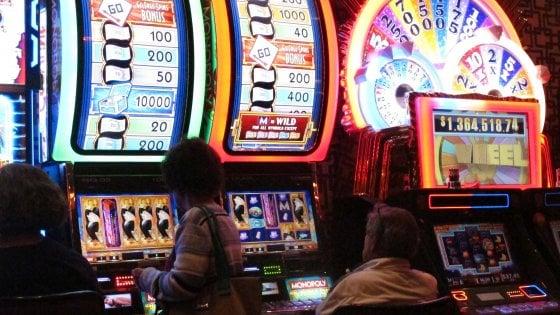 Slot machine taroccate