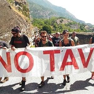 Val Susa, passeggiata No Tav da Venaus verso Chiomonte