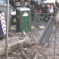 San Salvario, crolla una palazzina durante la demolizione: via Giacosa piena di macerie, nessun ferito