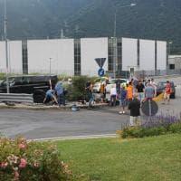 Fidanzati travolti in moto in Valsusa, i primi soccorsi dopo lo schianto omicida