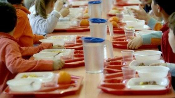 Torino, la giunta Appendino vara il menù vegano nelle mense