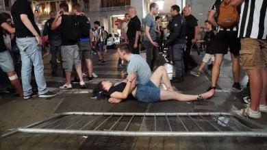 """Piazza San Carlo """"rimandata a settembre"""":  il Consiglio litiga e rinvia la discussione"""