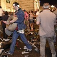 Piazza San Carlo: dall'assicurazione agli steward, così si è tagliato