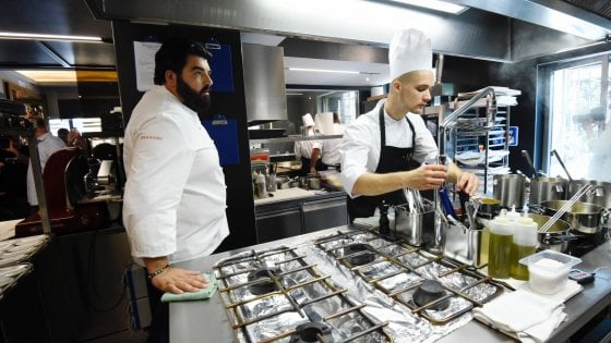 La golosa cucina napoletana del cannavacciuolo bistrot conquister torino - Lavoro architetto torino ...