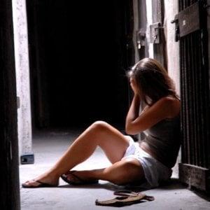Diciassettenne violentata tra i campi a Rivalta, arrestato l'aggressore di 42 anni