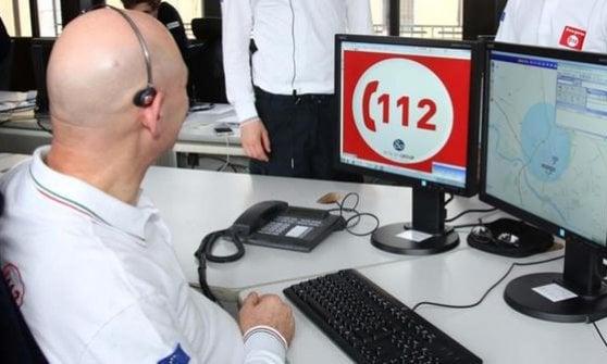 """Torino, il numero unico finisce in procura: esposto dei vigili del fuoco sul """"112"""""""