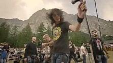 Rockin' 1000: mille  in concerto sul Bianco,  la clip impazza sul web