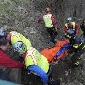 Con l'auto nel burrone, muoiono due diciottenni nell'alto Verbano