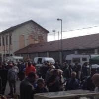Torino, incendio nell'ex scalo Vanchiglia occupato dai senzatetto