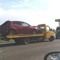 Maxi tamponamento tra cinque auto, tangenziale bloccata tra Collegno e Caselle