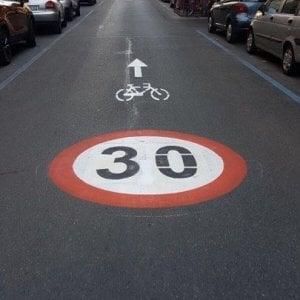 """Strade """"zona 30"""" tra i campus, nasce a Torino la maxi pista ciclabile degli atenei"""