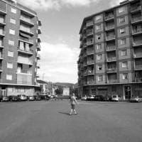 Un po' malinconica, un po' surreale: a Savona la mostra sulla Torino deserta d'agosto