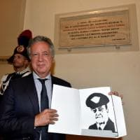 Trentacinque anni dopo la morte, i carabinieri di Torino dedicano una targa al generale Dalla Chiesa
